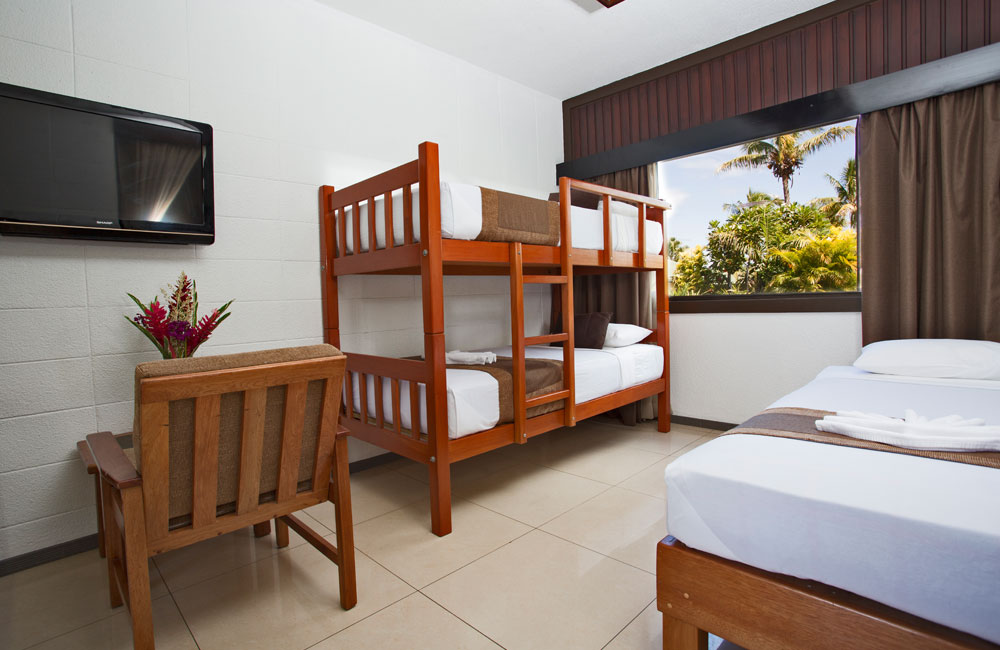 Gateway Hotel - Accommodation - Deluxe Family Room